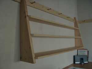 hangingshelf03.JPG