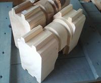 ログ材のカットサンプル。いずれも芯さり材です。